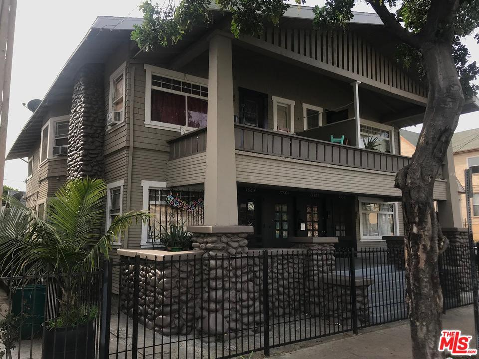 1654 West 12th Place Los Angeles, CA 90015