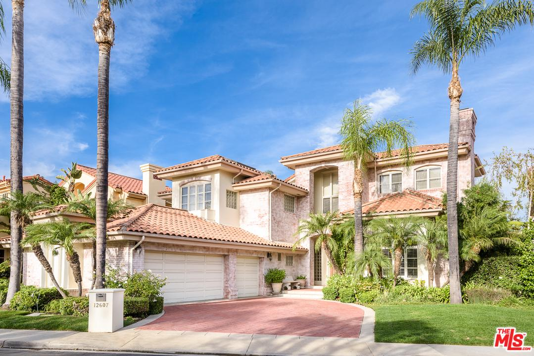 12607 Promontory Road Los Angeles, CA 90049