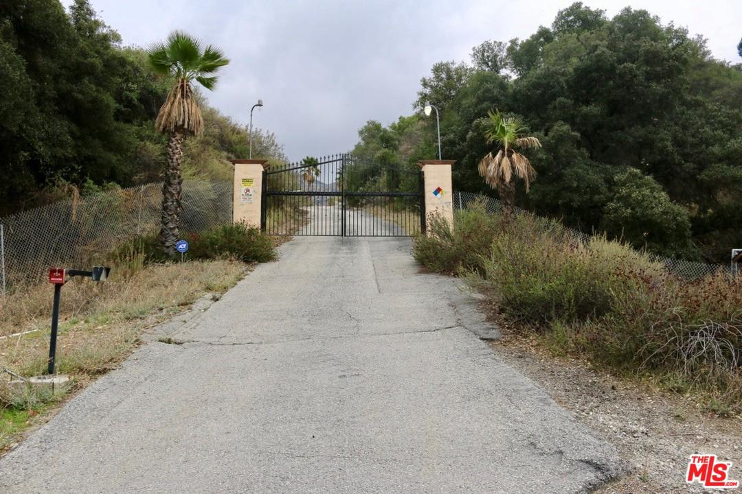 16742 Placerita Canyon Road Newhall, CA 91321