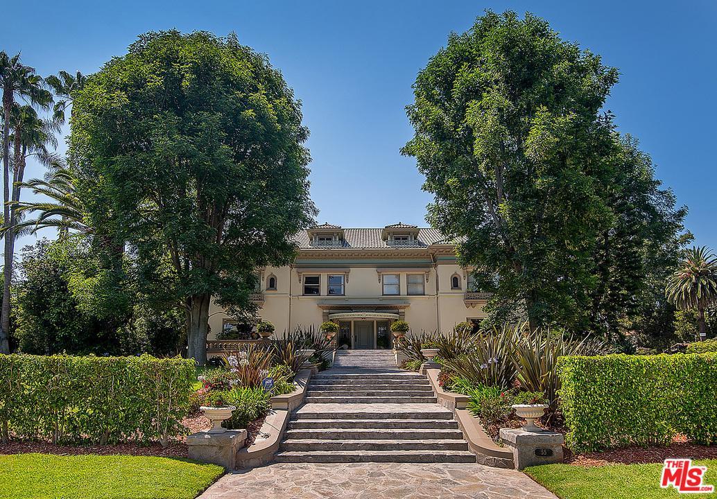 55 Fremont Place Los Angeles, CA 90005