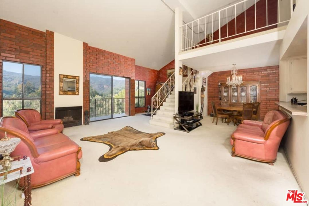 15515 West Sunset Pacific Palisades, CA 90272