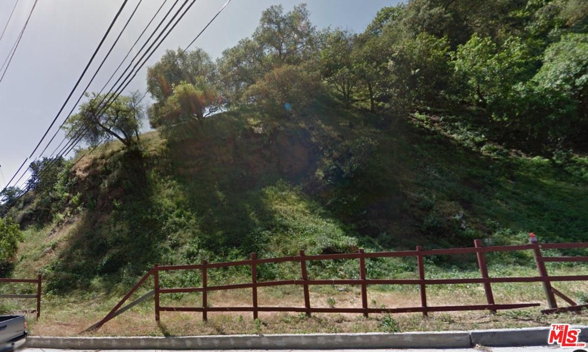 2181 North Laurel Canyon Boulevard Los Angeles, CA 90046