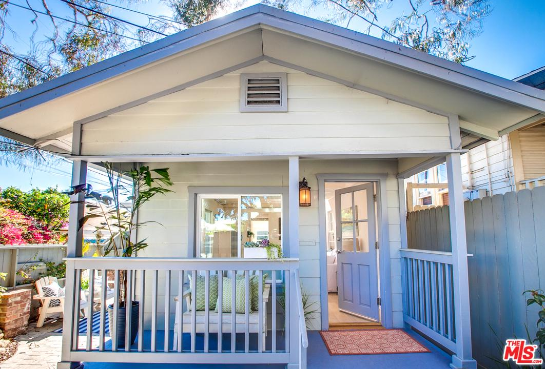 One of Guest House Santa Monica Homes for Sale at 3014 7TH Street