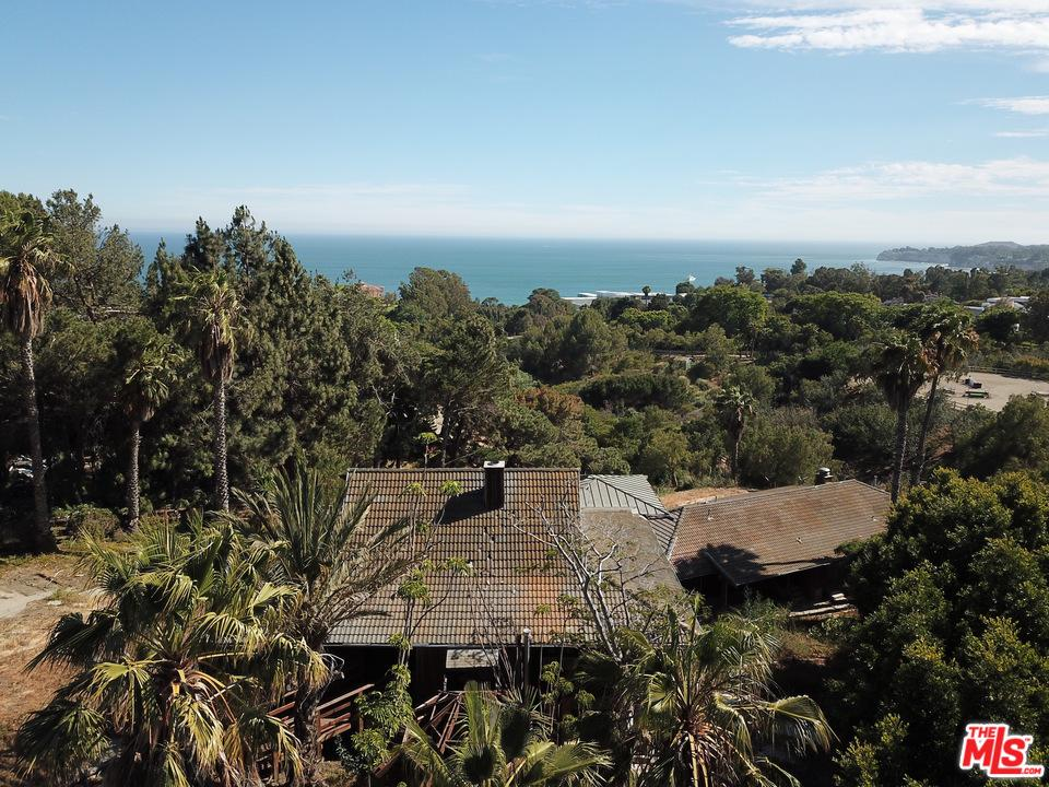 27547 PACIFIC COAST Highway, Malibu Canyon, California
