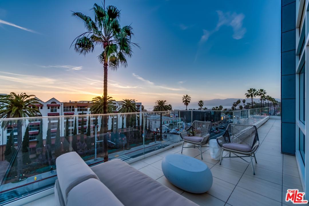 1705 OCEAN AVE Avenue, Santa Monica, California