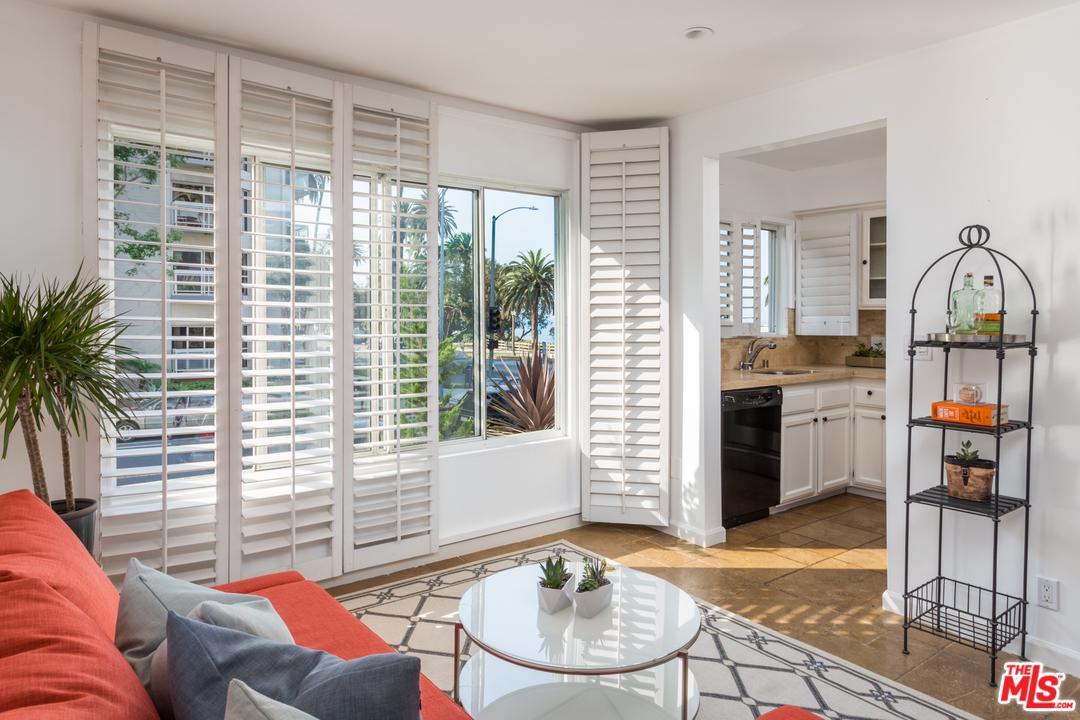 One of Condo Santa Monica Homes for Sale at 757 OCEAN Avenue