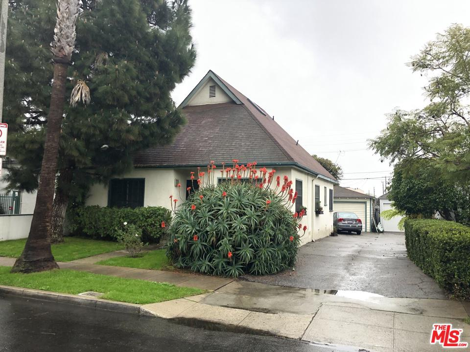 712 Machado Drive Venice, CA 90291