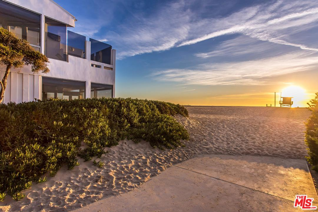 4701 OCEAN FRONT WALK Street, one of homes for sale in Marina Del Rey