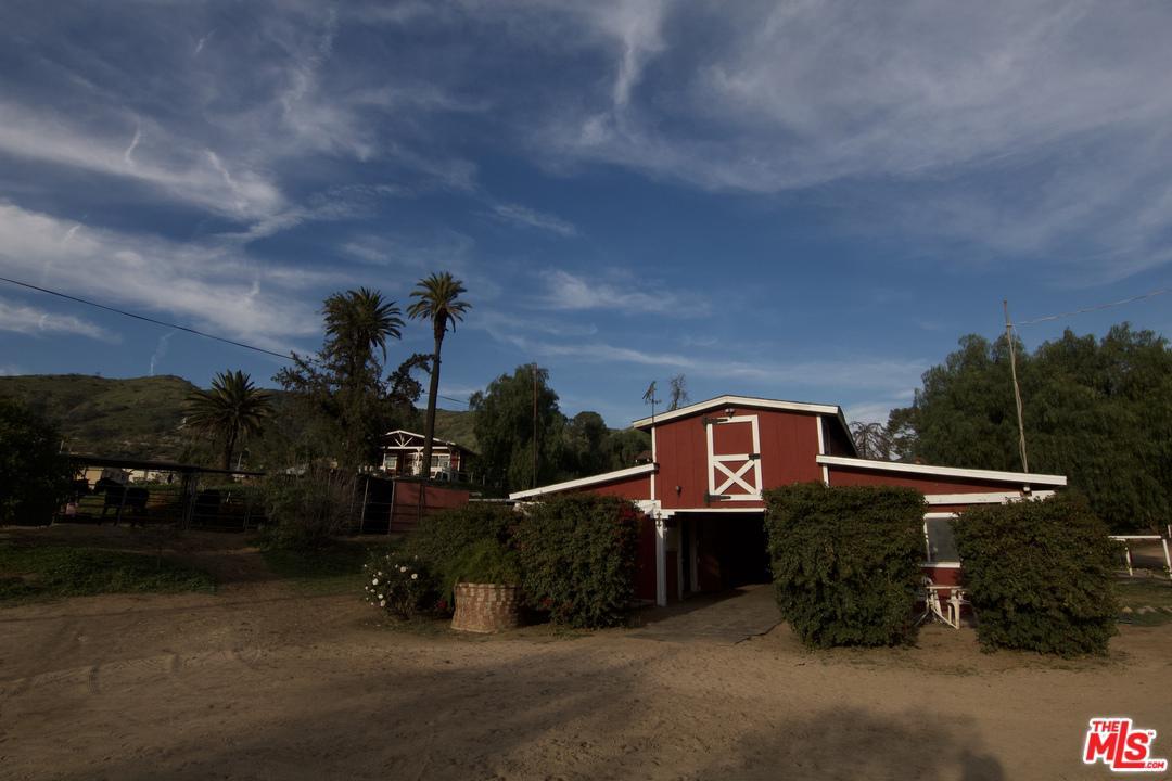 10149 La Tuna Canyon Road Sun Valley, CA 91352