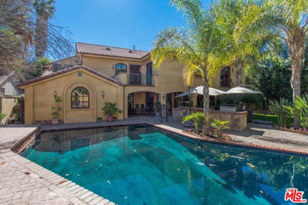 14257 CHANDLER, Van Nuys, California