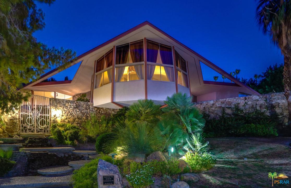 1350 Ladera Circle Palm Springs, CA 92262