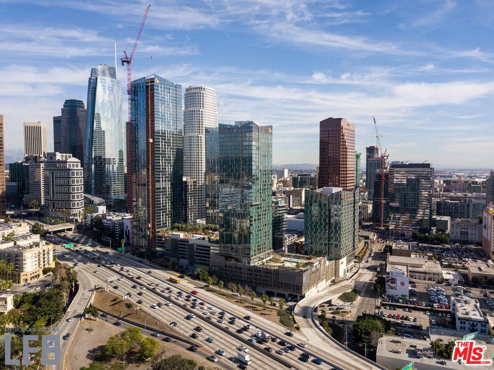 889 Francisco Los Angeles, CA 90017