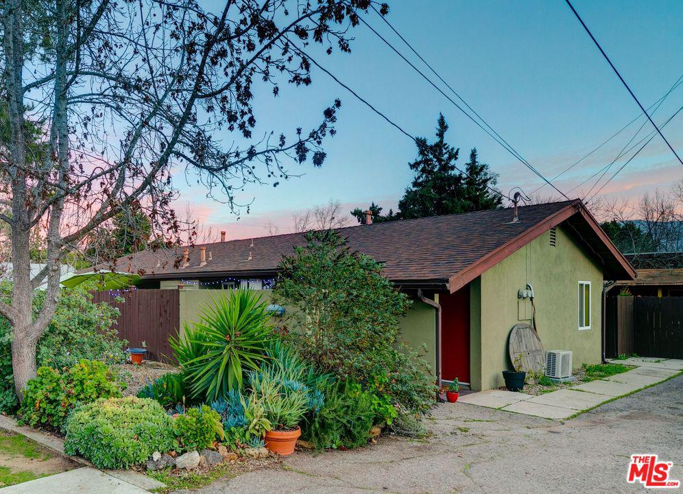 605 East OAK Street Ojai, CA 93023