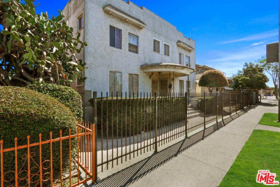 3988 South Normandie Avenue Los Angeles, CA 90037