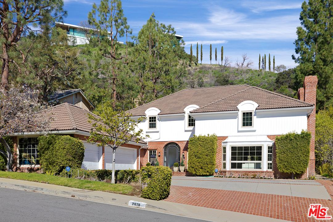 2878 ROYSTON Place, Beverly Hills, California