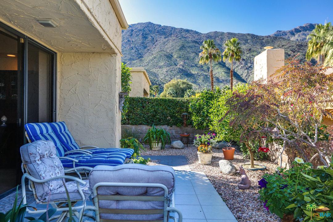 128 East Via Huerto Palm Springs, CA 92264