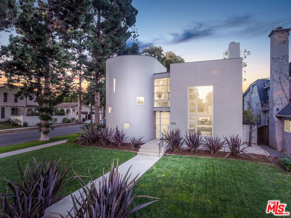 One of Two Story Santa Monica Homes for Sale at 401 18TH Street