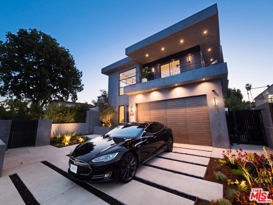 635 North Fuller Avenue Los Angeles, CA 90036