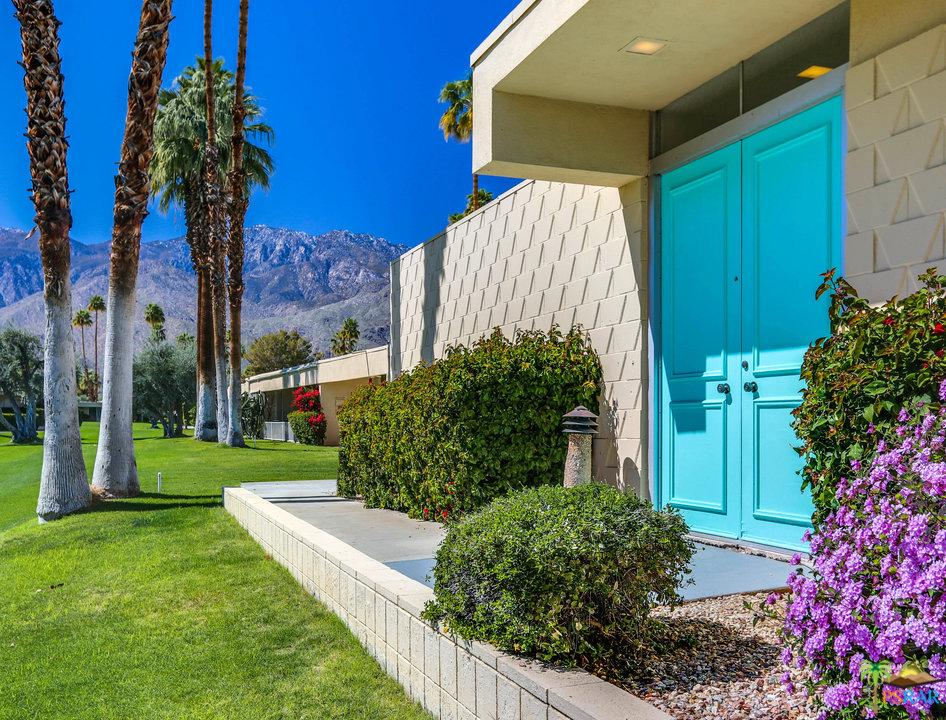 217 Desert Lakes Drive Palm Springs, CA 92264