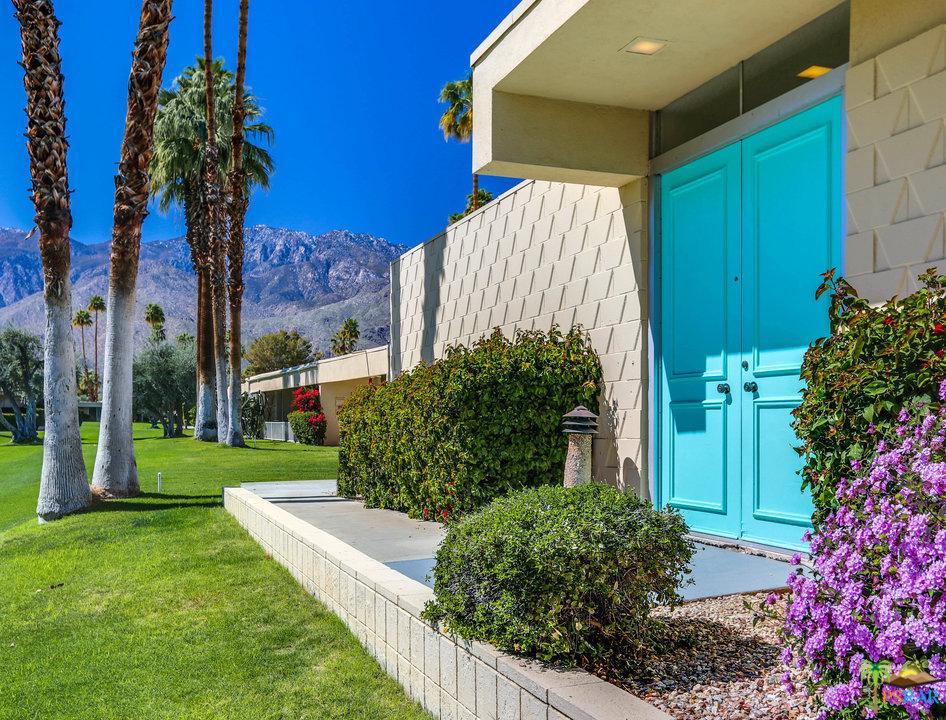217 Desert Lakes Drive Palm Springs, CA 92264