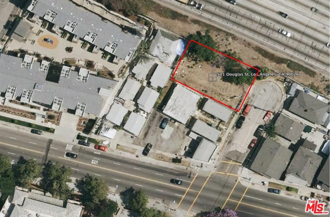 511 Douglas Street Los Angeles, CA 90026