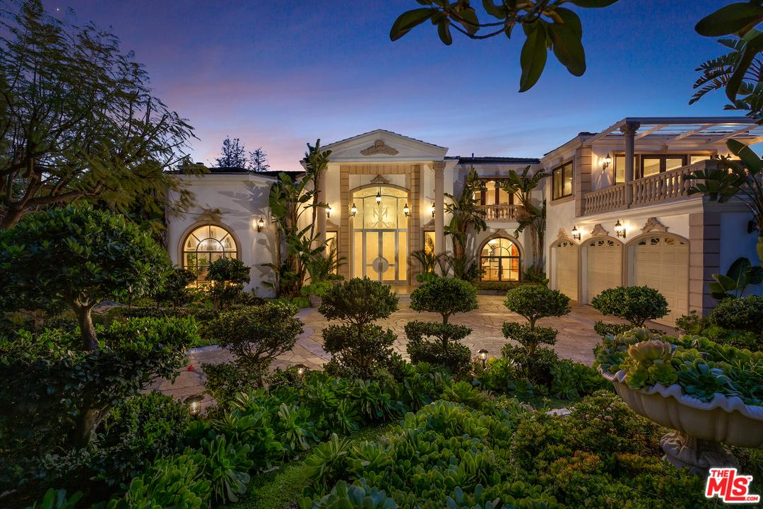 2227 STRATFORD Circle, Bel Air in Los Angeles County, CA 90077 Home for Sale