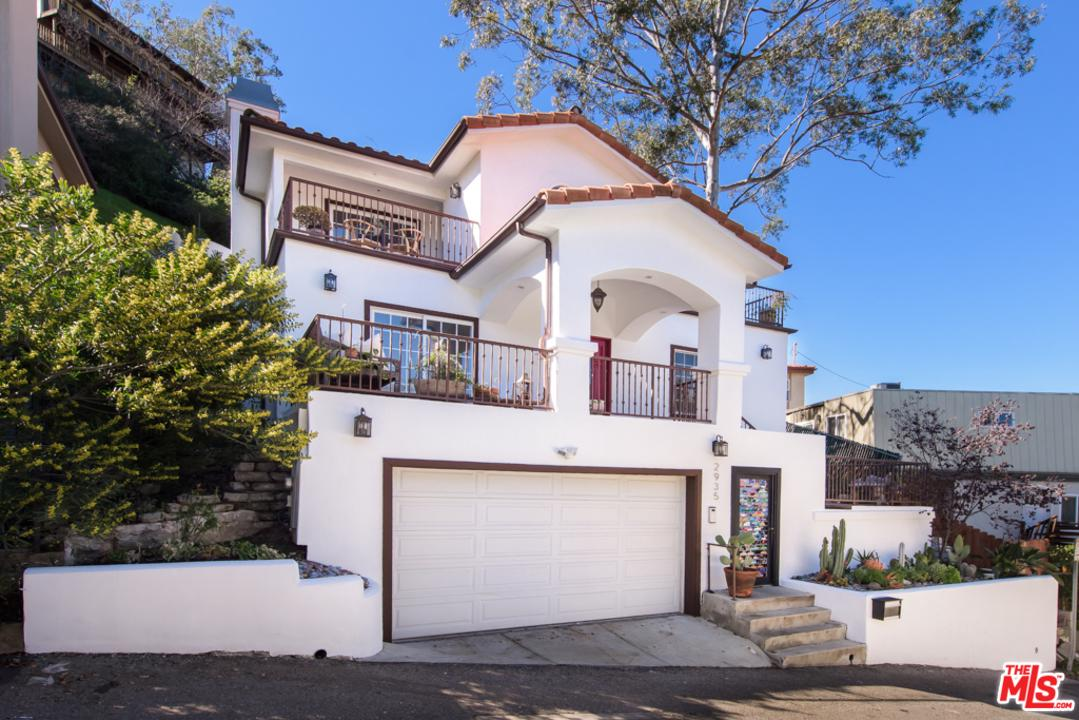 2935 VALEVISTA Trails, Hollywood Hills, California