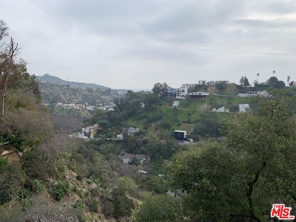 8354 Utica Drive Los Angeles, CA 90046