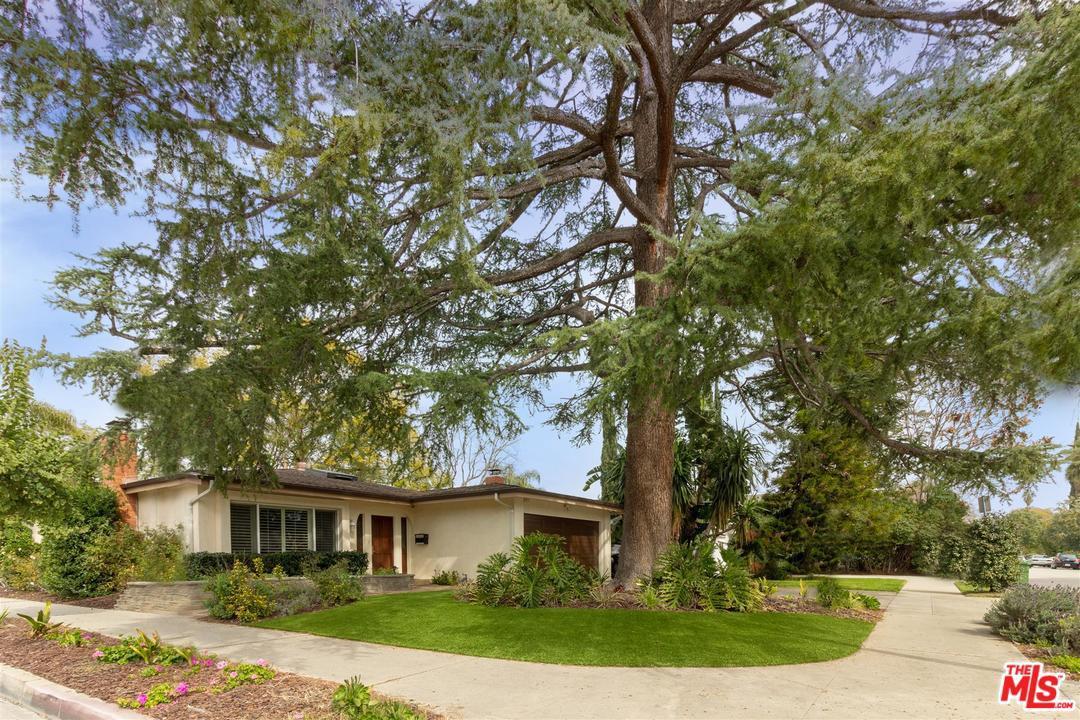 11247 Kling Street Toluca Lake, CA 91602