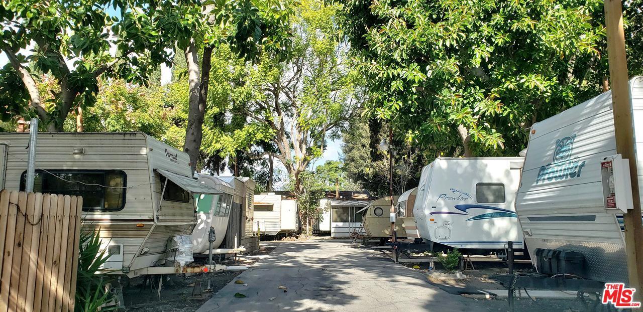 515 East Saint Andrew Place Santa Ana, CA 92707