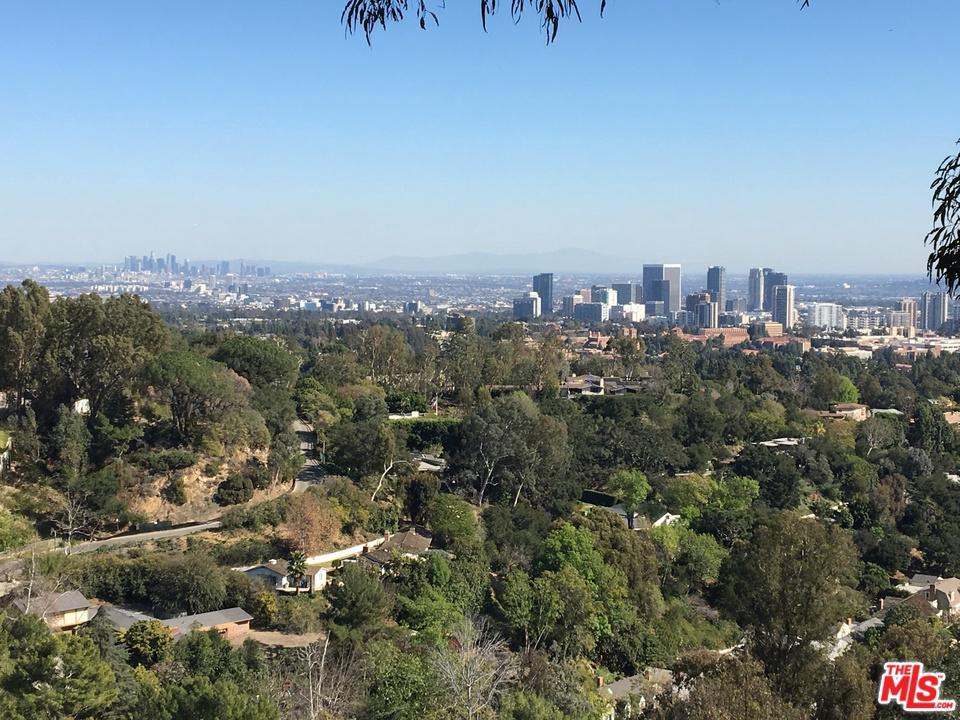 860 Linda Flora Drive Los Angeles, CA 90049