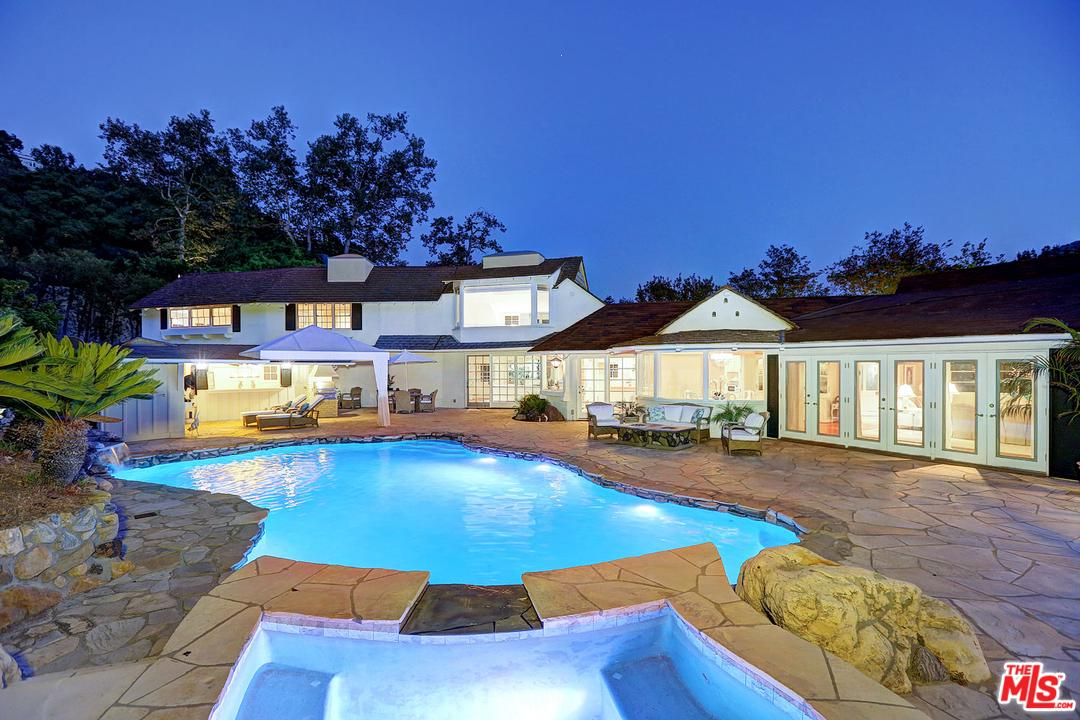 2660 BENEDICT CANYON Drive, Beverly Hills, California