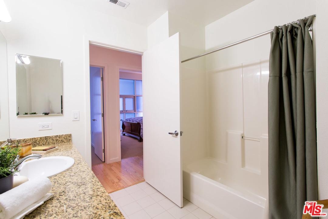 630 West 6TH Street - photo 11