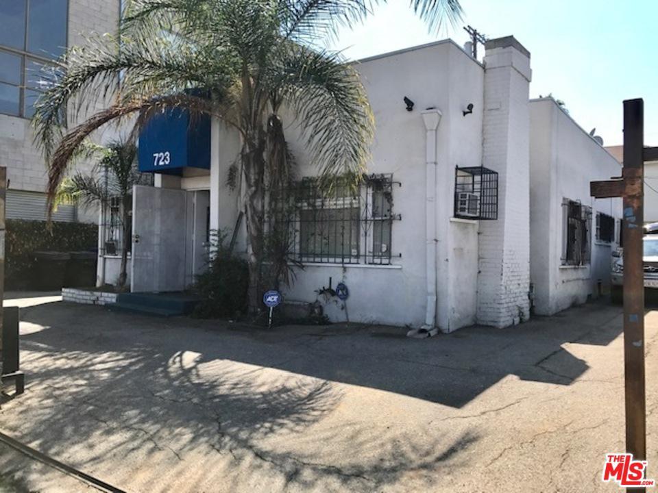 721 North Cahuenga Los Angeles, CA 90038