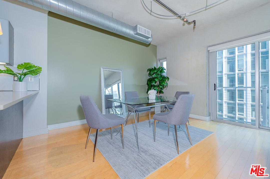 645 West 9TH Street - photo 2