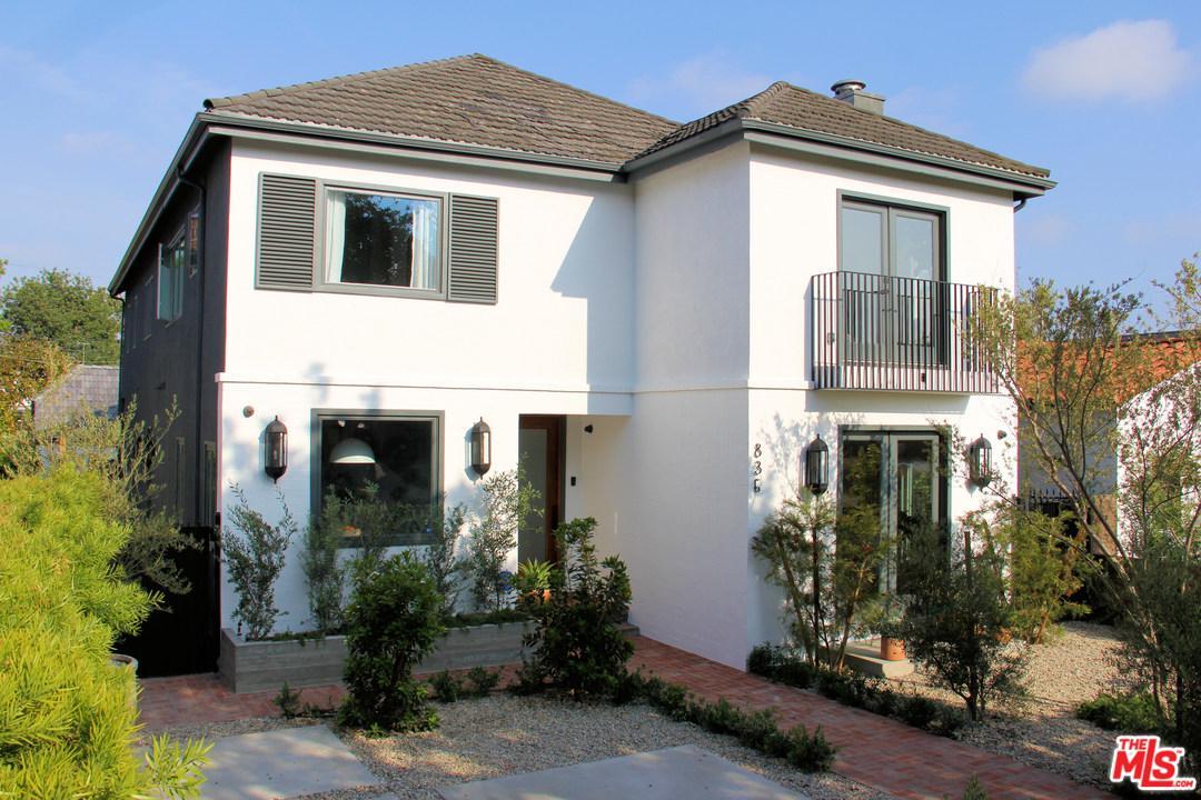 836 South Mullen Avenue Los Angeles, CA 90005