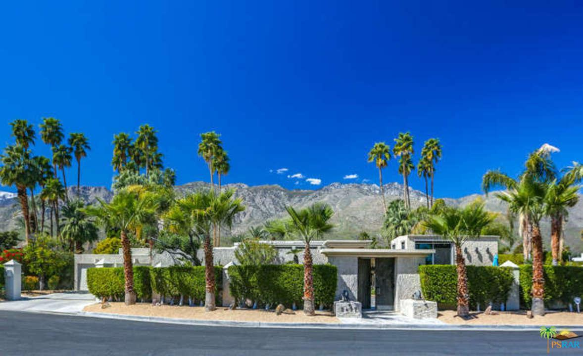 2497 South Caliente Drive Palm Springs, CA 92264