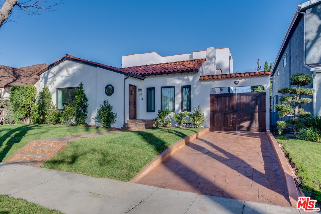746 North Mansfield Avenue Los Angeles, CA 90038