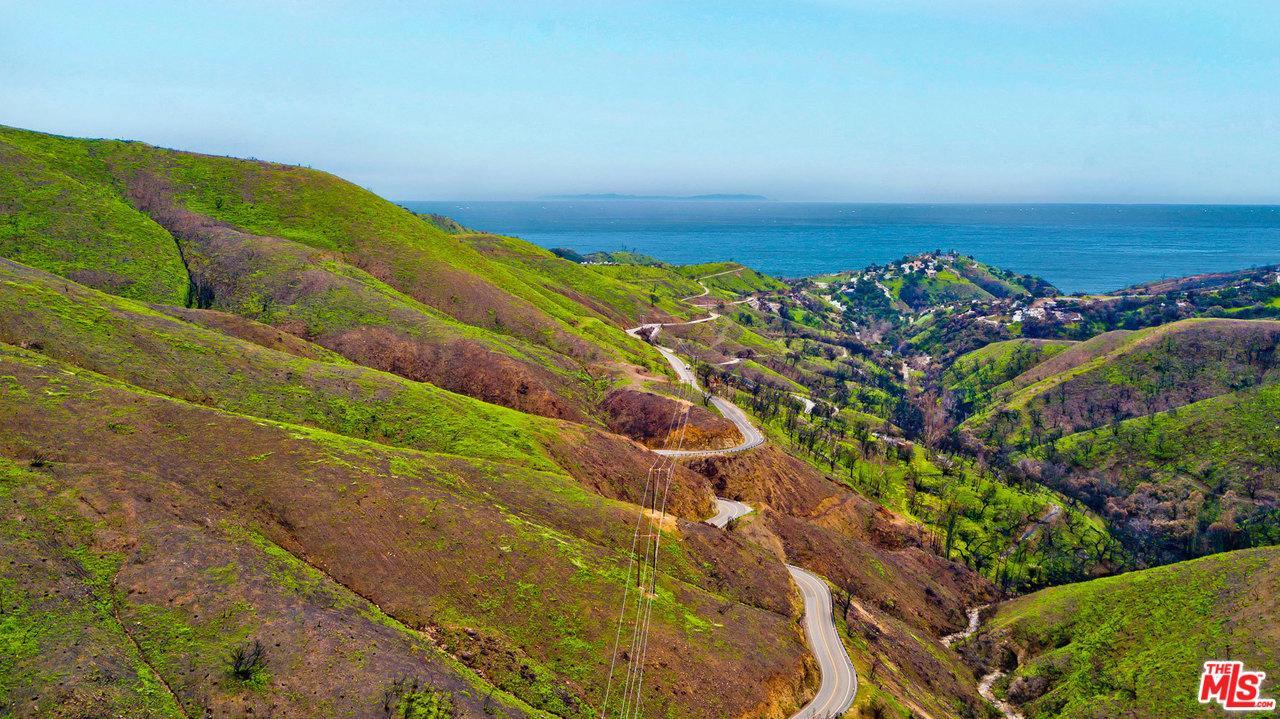 1 Latigo Canyon Road Malibu, CA 90265