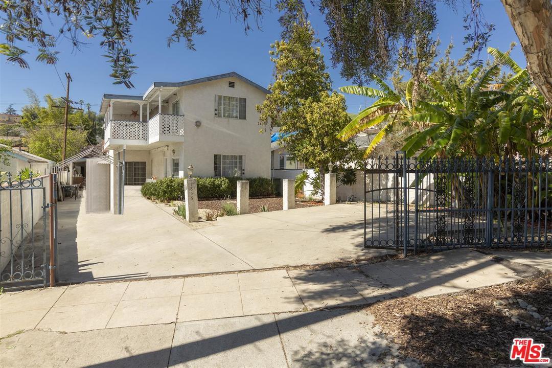 1855 North Avenue 52 Los Angeles, CA 90042