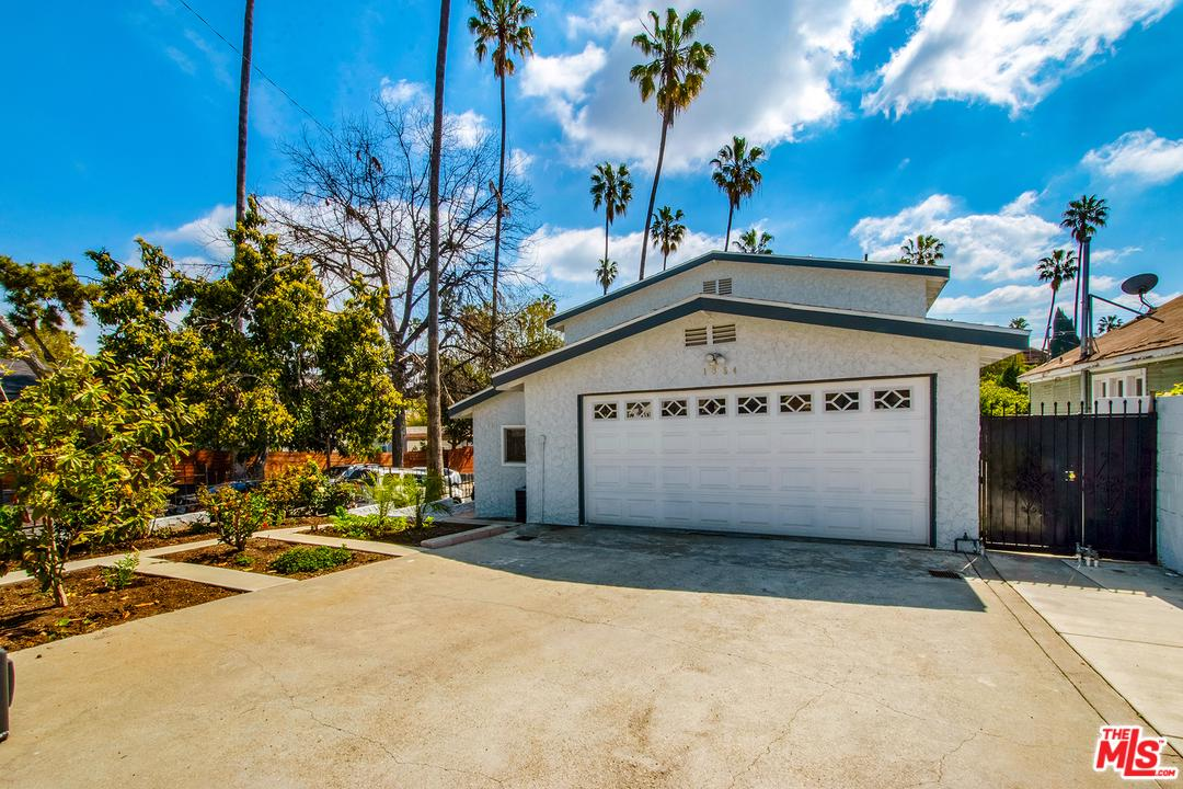 1354 Mccollum Street Los Angeles, CA 90026
