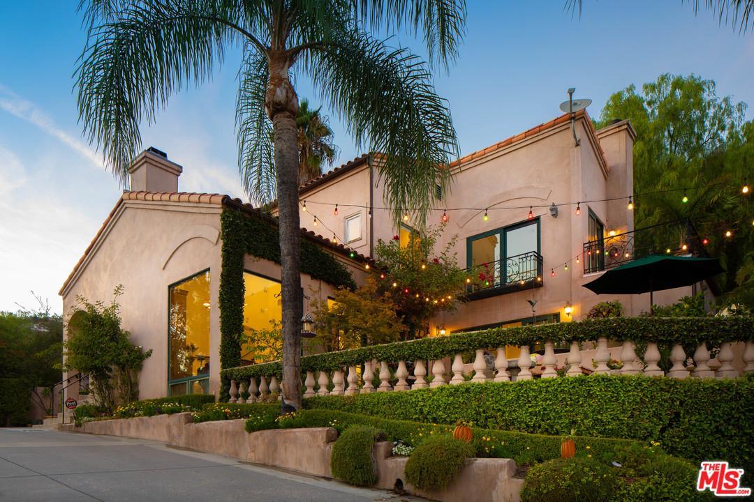 1411 Edgehill Place Pasadena, CA 91103