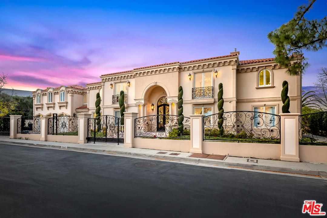 12063 CREST Court, Beverly Hills, California