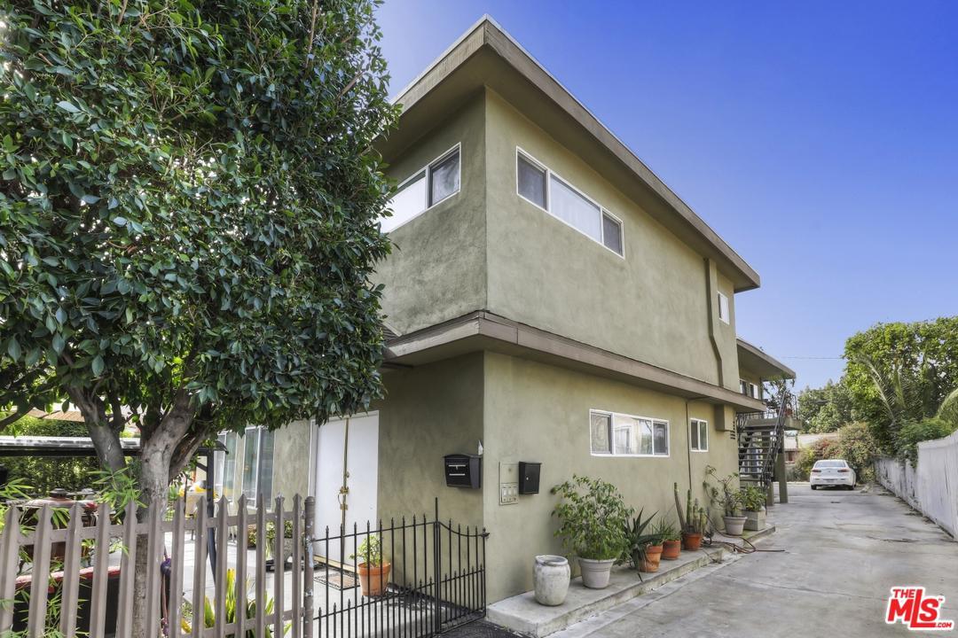 2319 South Rimpau Los Angeles, CA 90016