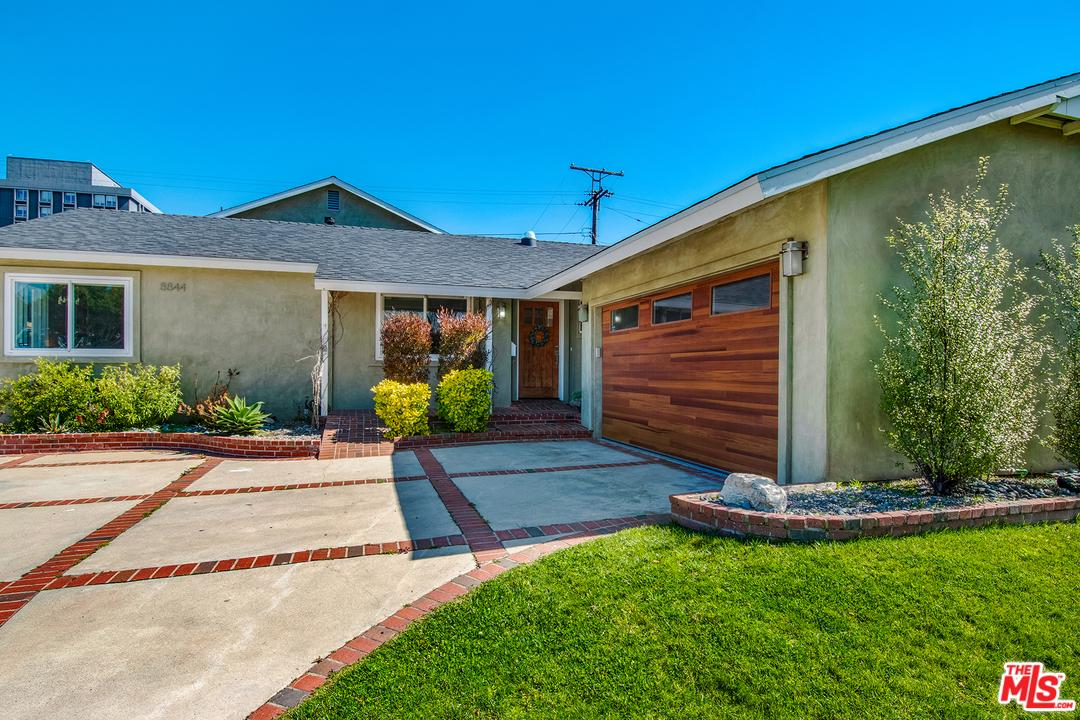 8844 Villanova Avenue Los Angeles, CA 90045