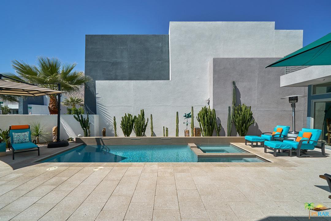 1042 Paz Drive Palm Springs, CA 92262