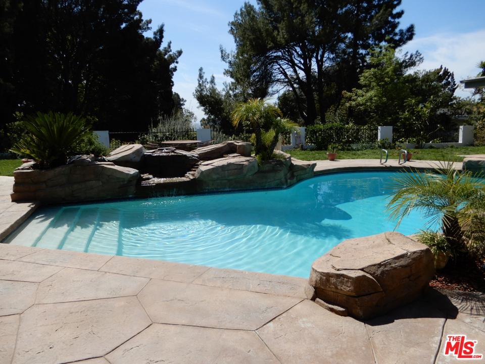 1705 LOMA VISTA Drive, Beverly Hills, California