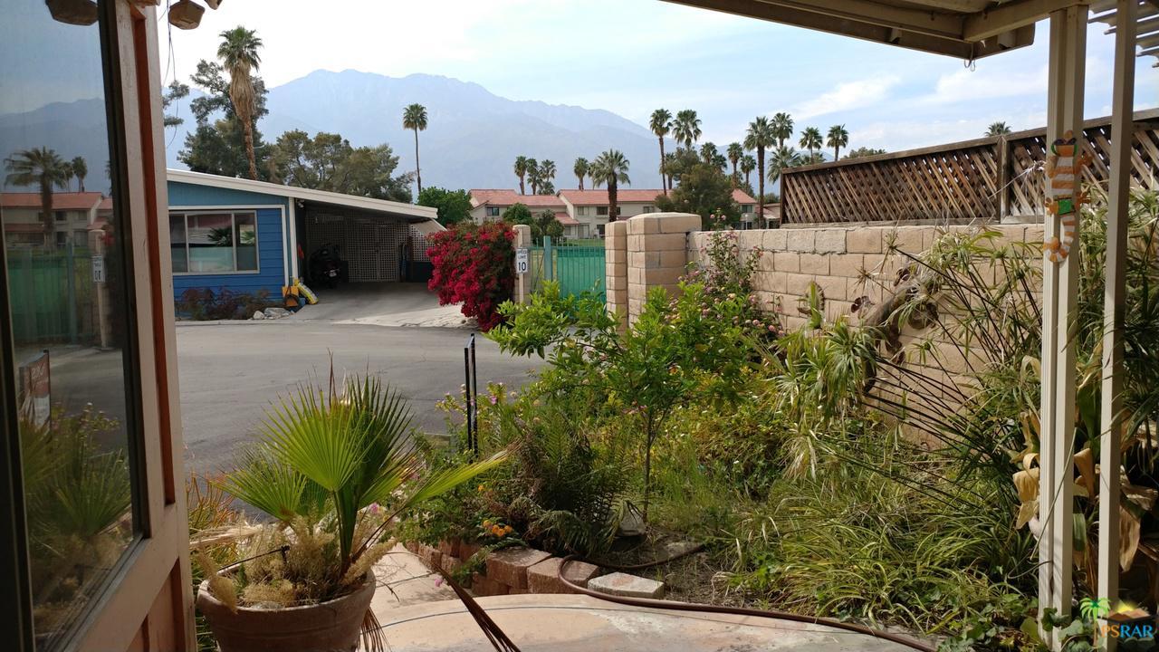 171 Vista De Oeste Palm Springs, CA 92264