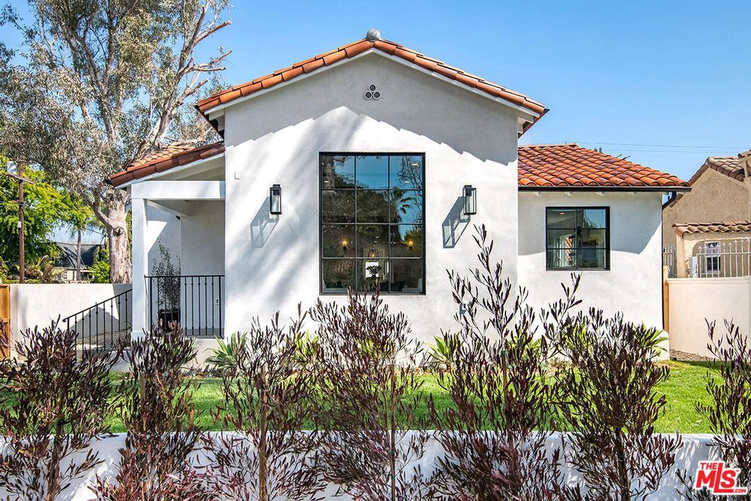 366 North Kilkea Drive Los Angeles, CA 90048