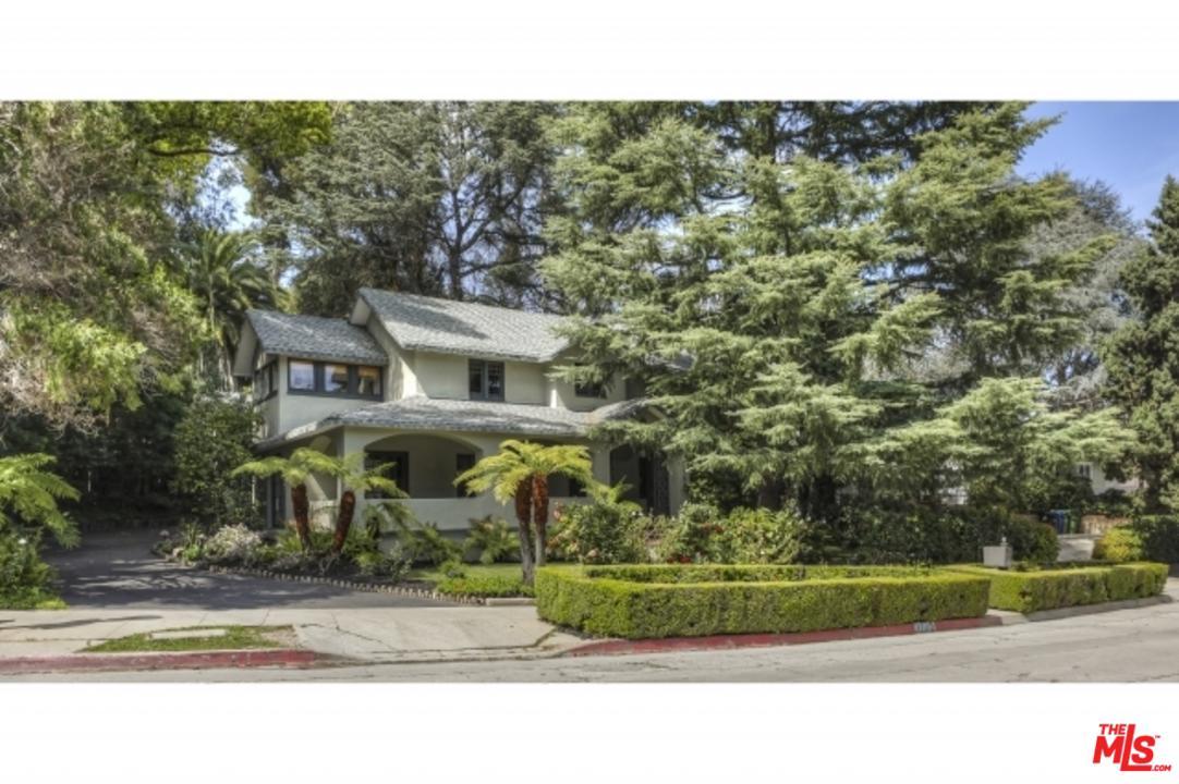 3239 OAKSHIRE Drive, Hollywood Hills, California